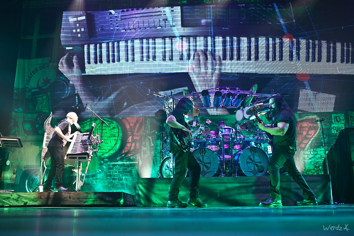Dream theater (15)