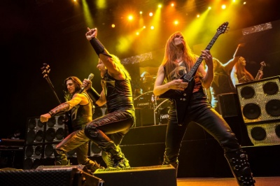 Manowar 2014 live_band